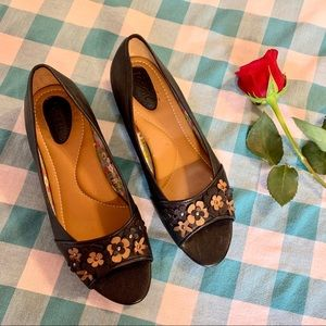 Fossil Leather Black Open Toe Flats Shoes Flowers